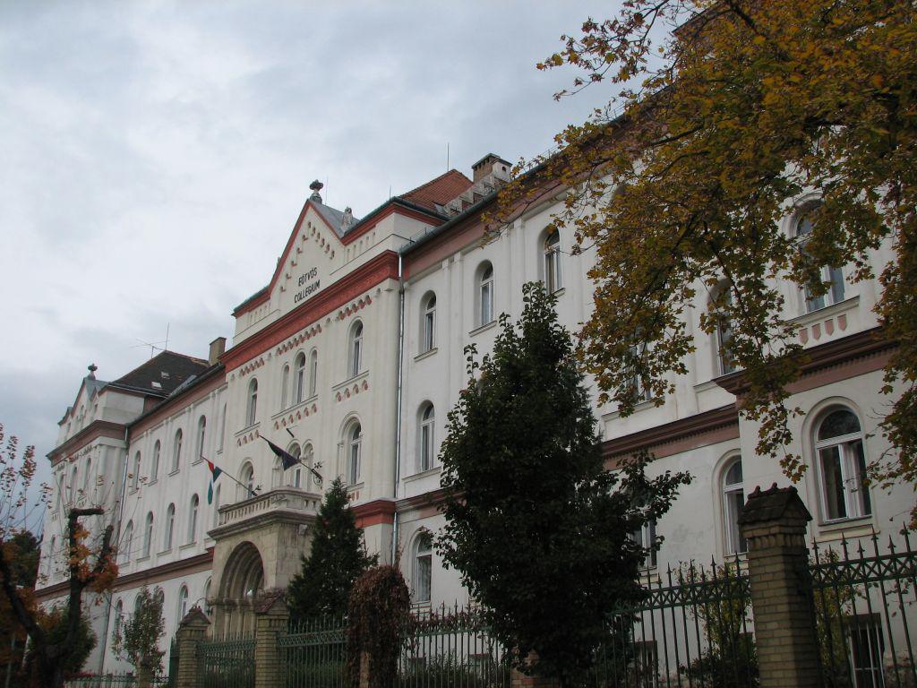Az ELTE Eötvös József Collegiuma