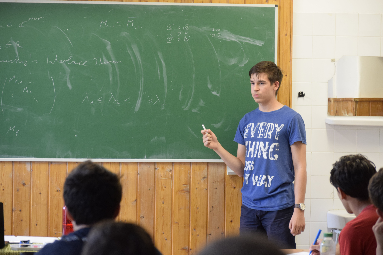 Szabó Kristóf előadása